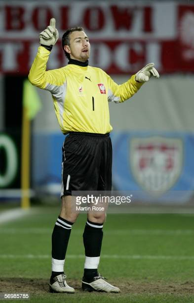 Jerzy Dudek goalkeeper of Poland gives instructions during the international friendly match between United States and Poland at the Fritz Walter...