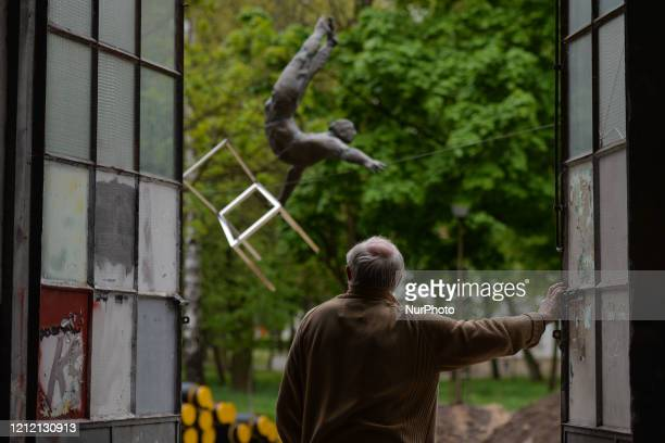 Jerzy Kedziora, an exceptional Polish sculptor and author of original balancing sculptures, exhibited in Poland and around the world, looks out the...