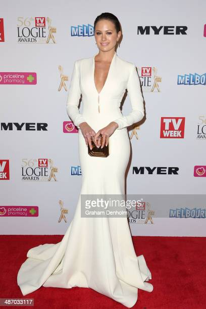 Jesinta Campbell arrives at the 2014 Logie Awards at Crown Palladium on April 27 2014 in Melbourne Australia