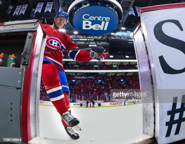 Jesperi Kotkaniemi of the Montreal Canadiens warms up prior to the game against the Buffalo Sabres in the NHL game at the Bell Centre on November 8...