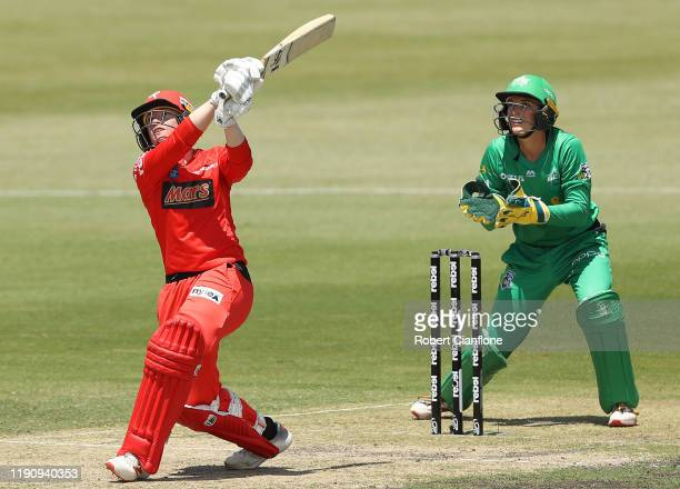 Jess Duffin of the Renegades bats during the Women's Big Bash League match between the Melbourne Stars and the Melbourne Renegades at CitiPower...