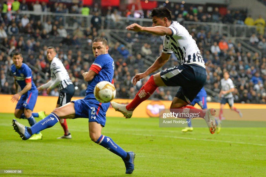 Monterrey v Cruz Azul - Playoffs Torneo Apertura 2018 Liga MX : Fotografía de noticias