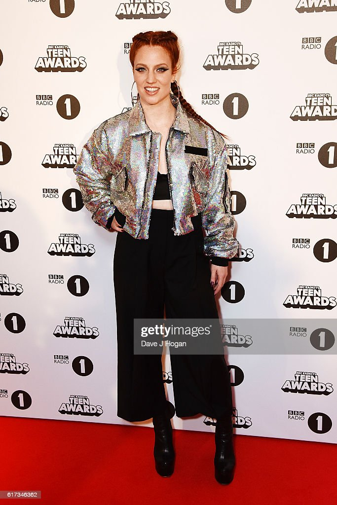 Jess Glynne attends the BBC Radio 1's Teen Awards at SSE Arena Wembley on October 23, 2016 in London, England.