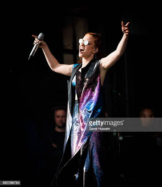 Jess Glynne performs at V Festival at Hylands Park on August 20 2016 in Chelmsford England