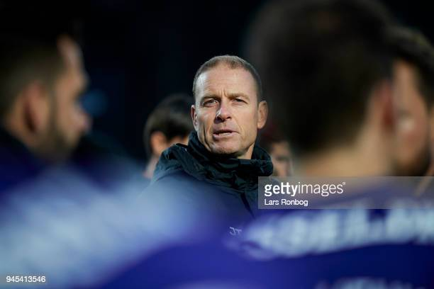 Jess Thorup head coach of FC Midtjylland speaks to his players before extra time during the Danish DBU Pokalen Cup quarterfinal match between Hobro...