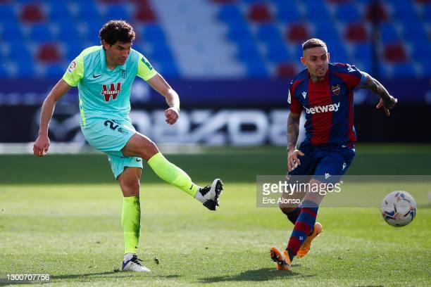 Jesús Vallejo of Granada CF pass the ball during the La Liga Santander match between Levante UD and Granada CF at Ciutat de Valencia Stadium on...