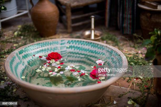 jesús vecino - wash bowl stock pictures, royalty-free photos & images