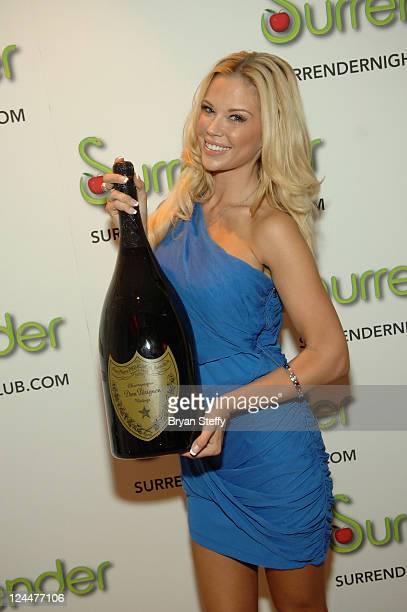 Jessa Hinton arrives at Robin Leach Celebrates 50 Years In Journalism At the Surrender Nightclub at the Encore Las Vegas on September 9 2011 in Las...