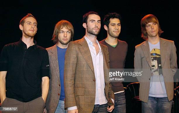 Jesse Carmichael Mickey Madden Adam Levine Ryan Dusick and James Valentine of Maroon 5