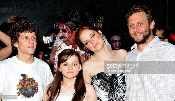 Jesse Eisenberg Abigail Breslin Emma Stone and Ruben Fleischer attend the European Premiere for 'Zombieland' at the 42nd Sitges Film Festival on...