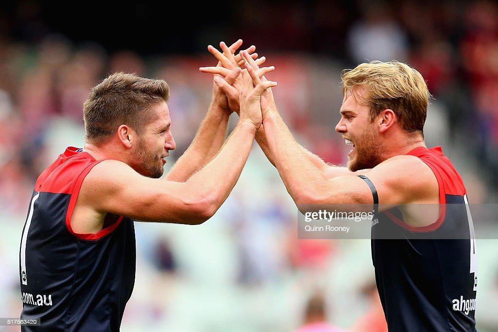 AFL Rd 1 - Melbourne v GWS : Nachrichtenfoto