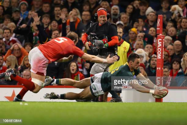 Jesse Kriel of South Africa scores his sides first try during the International Friendly match between Wales and South Africa on November 24 2018 in...