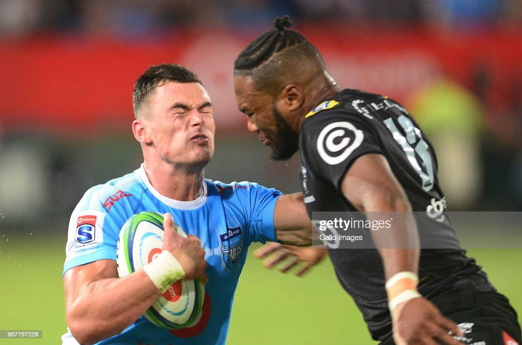 Jesse Kriel of the Bulls and Lukhanyo Am of the Sharks during the Super Rugby match between Vodacom Bulls and Cell C Sharks at Loftus Versfeld on May 12, 2018 in Pretoria, South Africa.