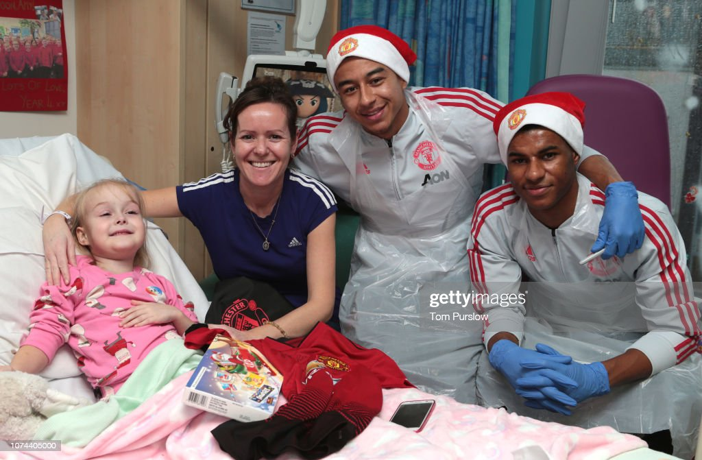 Jesse Lingard And Marcus Rashford Of Manchester United Pose With Amy News Photo Getty Images