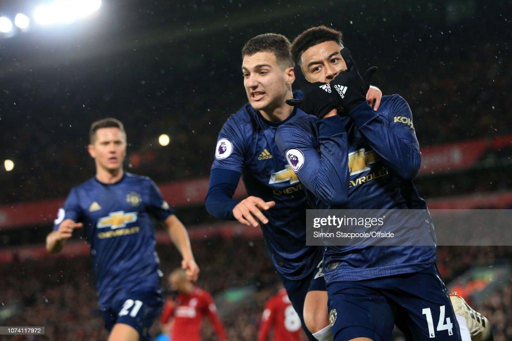 Liverpool v Manchester United - Premier League : Fotografía de noticias