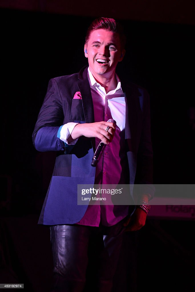 Jesse McCartney performs at Revolution on August 4, 2014 in Fort Lauderdale, Florida.