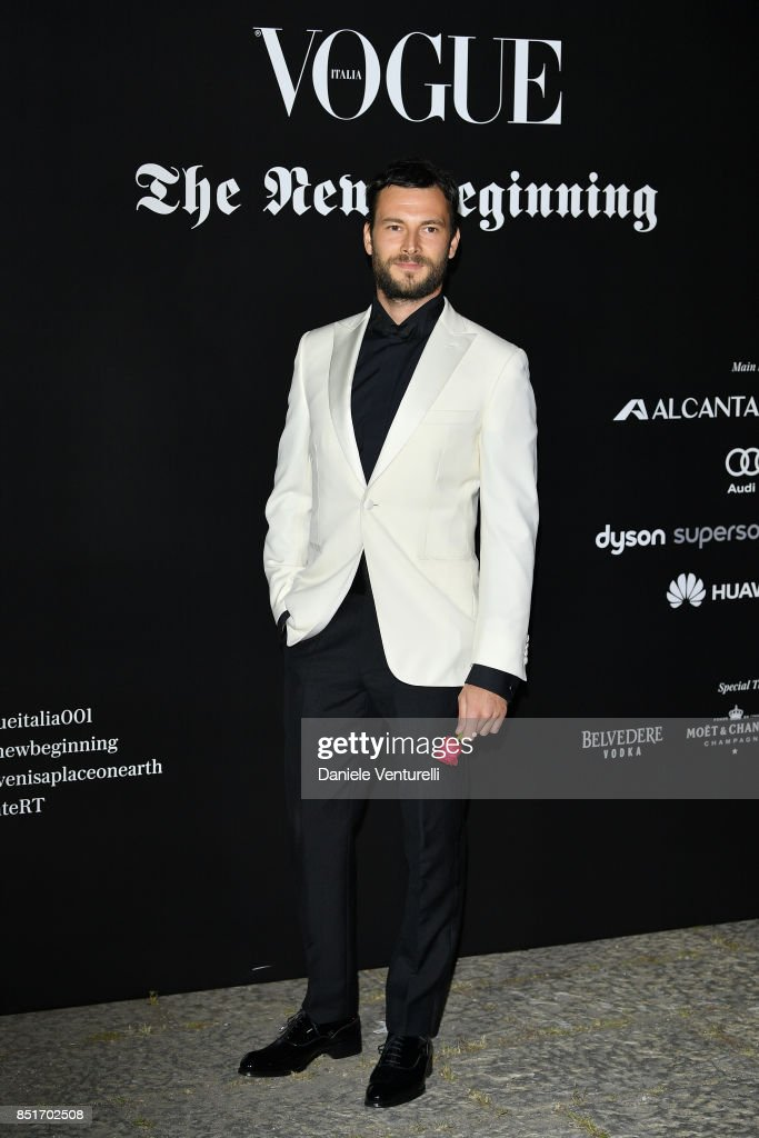 Jesse Metcalfe attends theVogue Italia 'The New Beginning' Party during Milan Fashion Week Spring/Summer 2018 on September 22, 2017 in Milan, Italy.