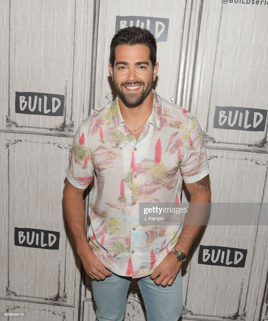 Jesse Metcalfe visits Build Series at Build Studio on August 2, 2017 in New York City.