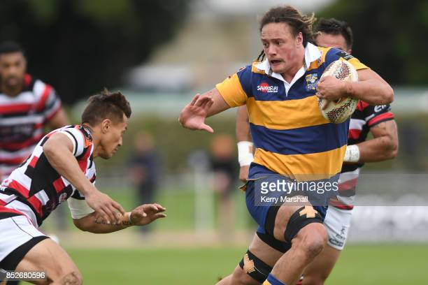 Jesse Parete of Bay of Plenty looks for a gap during the round six Mitre 10 Cup match between Bay of Plenty and Counties Manukau Tauranga Domain on...