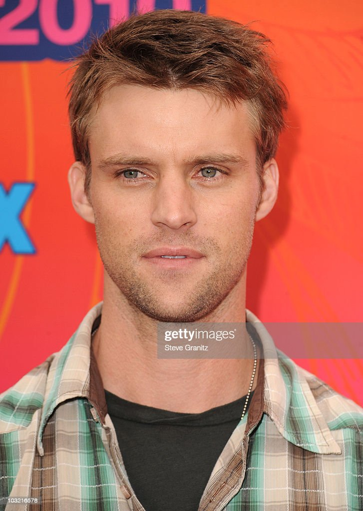 Jesse Spencer arrives at the FOX 2010 Summer TCA All-Star Party on August 2, 2010 in Santa Monica, California. at Pacific Park .