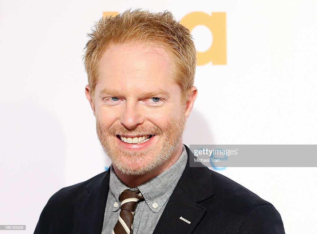 "USA Network Hosts ""Modern Family"" Fan Appreciation Day : News Photo"