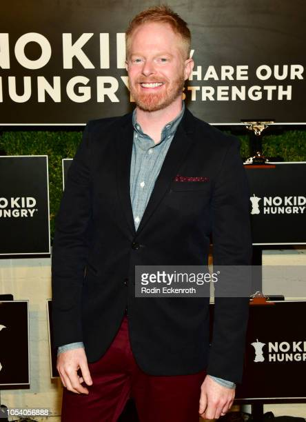 Jesse Tyler Ferguson attends the Los Angeles No Kid Hungry Dinner on October 26 2018 in Los Angeles California