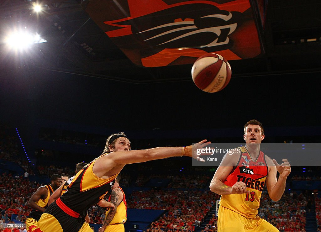 Jesse Wagstaff of the Wildcats looks to intercept an inbound ball to Scott Morrison of the Tigers during the round 19 NBL match between the Perth Wildcats and the Melbourne Tigers at Perth Arena on February 21, 2014 in Perth, Australia.