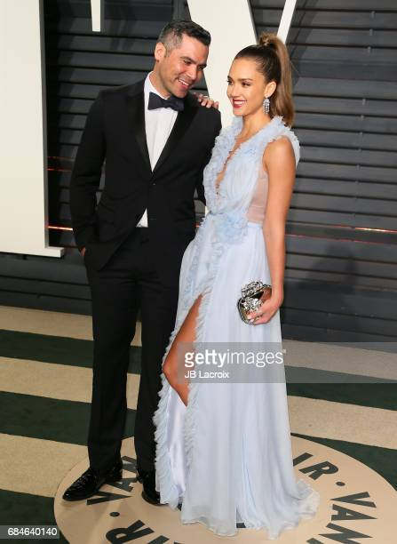 Jessica Alba and Cash Warren attend the 2017 Vanity Fair Oscar Party hosted by Graydon Carter at Wallis Annenberg Center for the Performing Arts on...