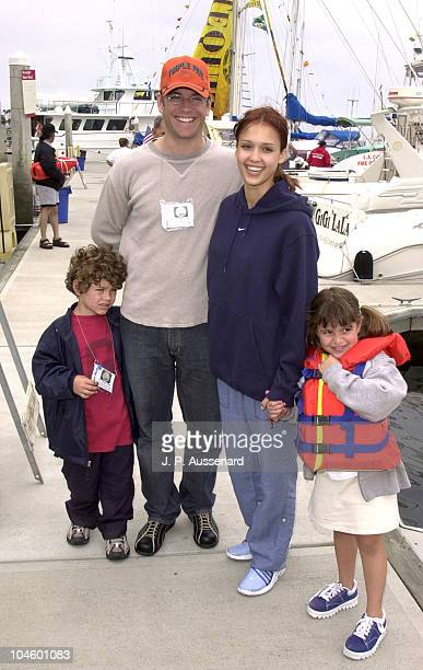 Jessica Alba And Michael Weatherly Stock Photos and ...