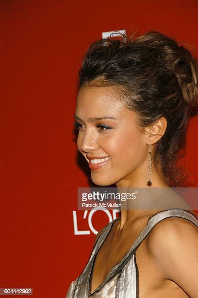 Jessica Alba attends 2006 PREOSCAR PARTY at Pacific Design Center on March 4 2006 in West Hollywood CA