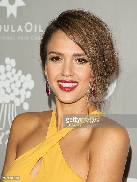 Jessica Alba attends the 2015 Baby2Baby Gala presented by MarulaOil Kayne Capital Advisors Foundation honoring Kerry Washington at 3LABS on November...