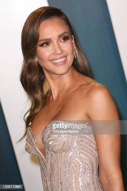 Jessica Alba attends the 2020 Vanity Fair Oscar Party at Wallis Annenberg Center for the Performing Arts on February 09, 2020 in Beverly Hills,...