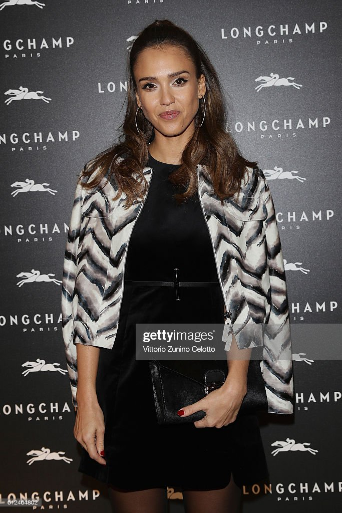 Jessica Alba attends the Lonchamp Cocktail as part of the Paris Fashion Week Womenswear Spring/Summer 2017 at Longchamp Boutique St Honore on October 4, 2016 in Paris, France.