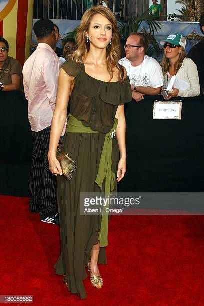 Jessica Alba during 2005 MTV Movie Awards Arrivals at Shrine Auditorium in Los Angeles California United States