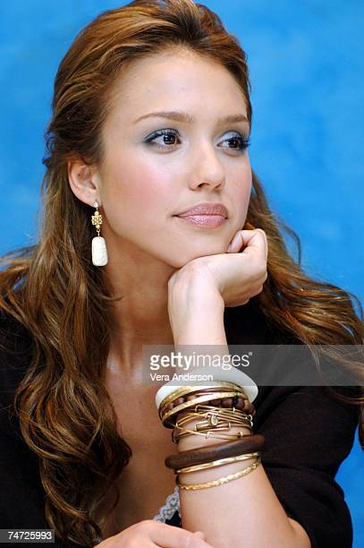 "Jessica Alba during ""Fantastic Four"" Press Conference with Jessica Alba, Chris Evans, Ioan Gruffudd, Michael Chiklis and Julian McMahon at the The..."