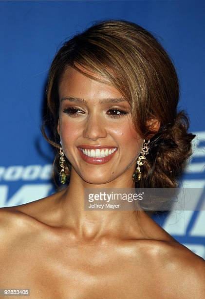Jessica Alba host and winner of Sexiest Performance for Sin City