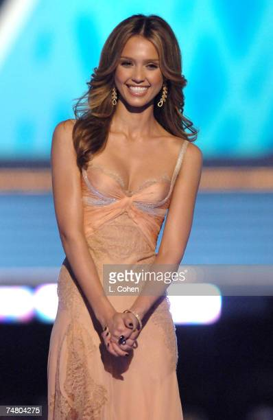 Jessica Alba host at the Sony Pictures in Culver City California