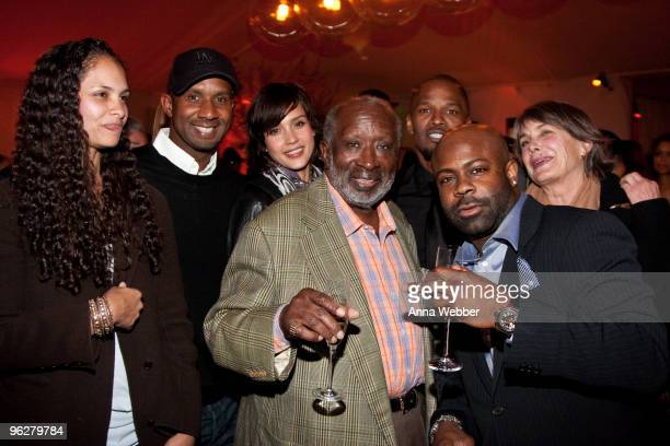 Jessica Alba Jamie Foxx Breyon Prescott and guests attend L'Ermitage on January 29 2010 in Los Angeles California