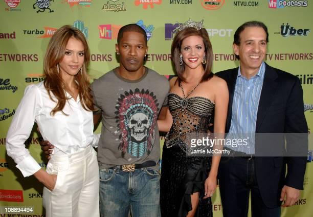 Jessica Alba Jamie Foxx Jennifer Berry Miss America 2006 and Van TofflerPresident MTV Networks Music/Films/Logo Group
