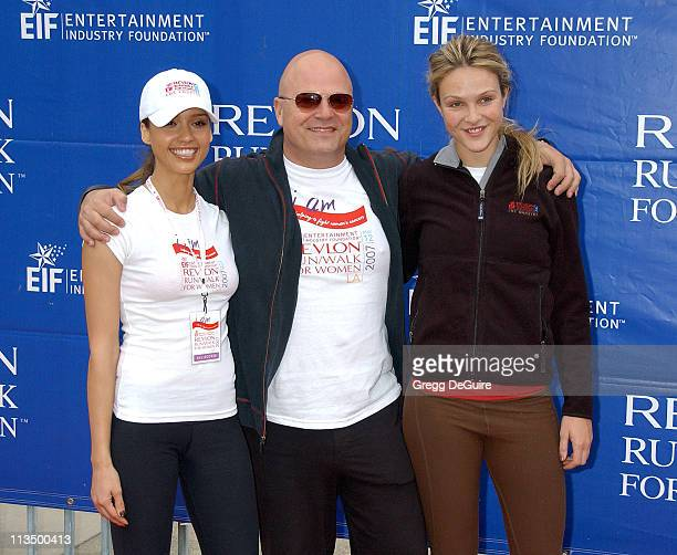 Jessica Alba Michael Chiklis and Beau Garrett during The 14th Annual Entertainment Industry Foundation Revlon Run/Walk for Women at Los Angeles...