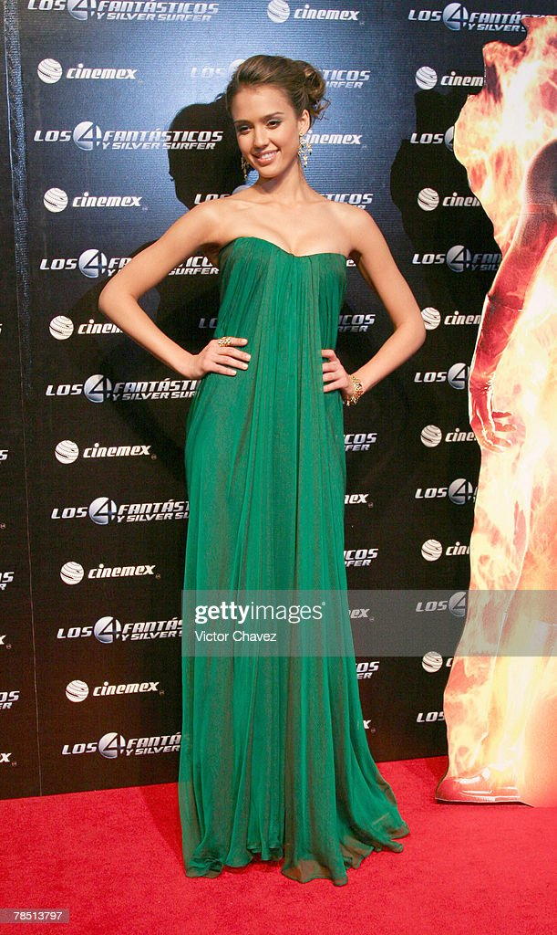 """""""Fantastic Four Rise of the Silver Surfer"""" Mexico City Premier - Red Carpet : News Photo"""