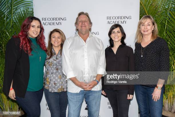 Jessica Allen Marta Clark Ed Cherney Maria Elisa Ayerbe and Maureen Droney posing at Up Close Personal with Ed Cherney on September 20 2018 in Miami...