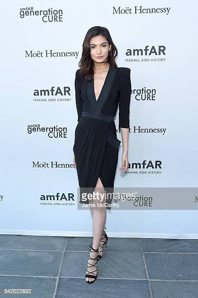 Jessica Barta Lam attends the amfAR generationCure Solstice 2016 on June 21 2016 in New York City
