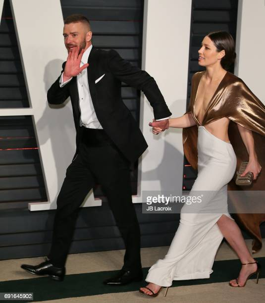 Jessica Biel and Justin Timberlake attend the 2017 Vanity Fair Oscar Party hosted by Graydon Carter at Wallis Annenberg Center for the Performing...