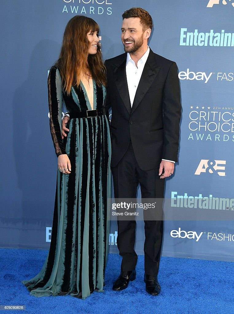 The 22nd Annual Critics' Choice Awards - Arrivals : Foto jornalística
