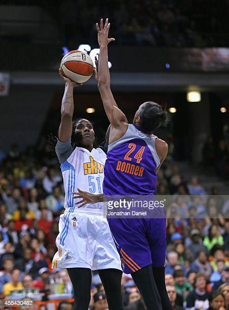 Jessica Breland of the Chicago Sky shoots against DeWanna Bonner of the Phoenix Mercury during game three of the WNBA Finals at the UIC Pavilion on...