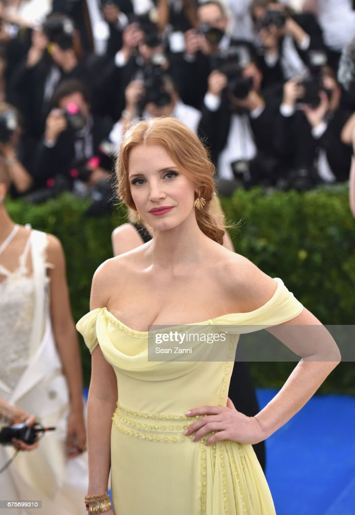 Jessica Chastain arrives at 'Rei Kawakubo/Comme des Garcons: Art Of The In-Between' Costume Institute Gala at The Metropolitan Museum on May 1, 2017 in New York City.