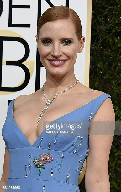 Jessica Chastain arrives at the 74th annual Golden Globe Awards January 8 at the Beverly Hilton Hotel in Beverly Hills California / AFP / VALERIE...