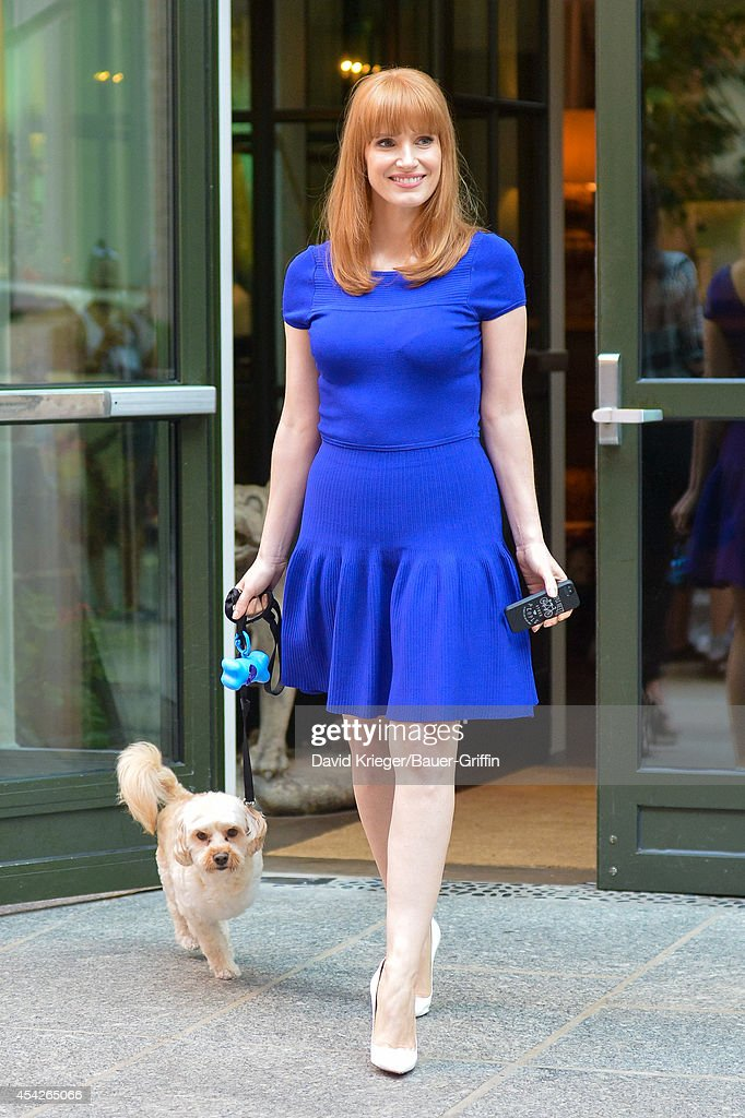 Jessica Chastain is seen walking her dog in downtown Manhattan on August 27, 2014 in New York City.