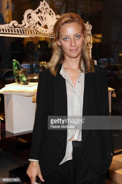 Jessica Diehl attends Cocktails to Celebrate A PRINCESS TO BE A QUEEN Collection at Roger Vivier Boutique on September 16 2009 in New York City